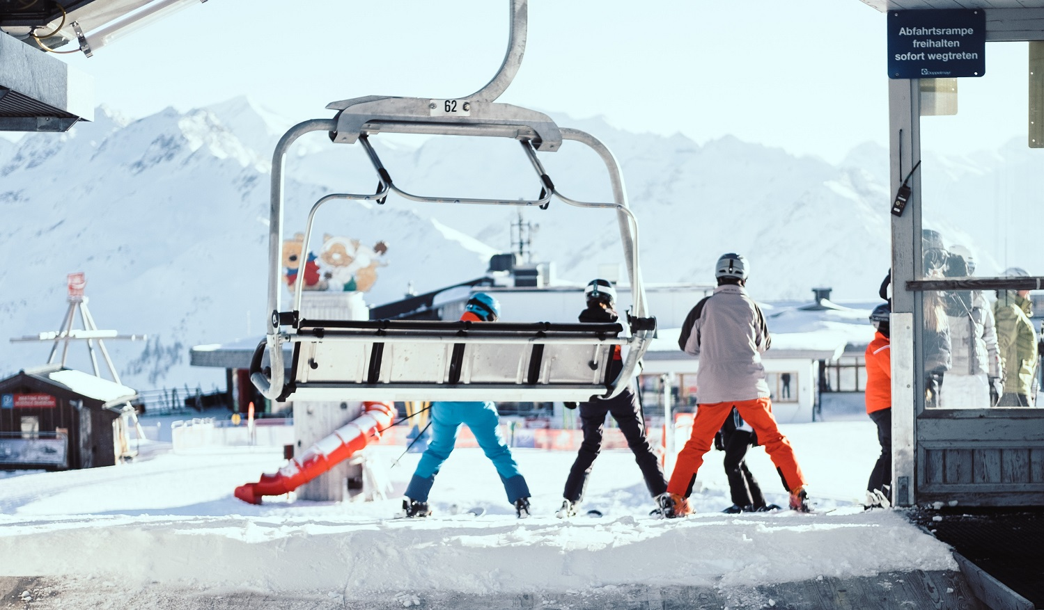 Expedia: Ski Holidays International Research and Broadcast Day